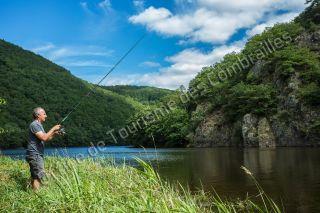 Auvergne, Pêche dans la Sioule, vulcania