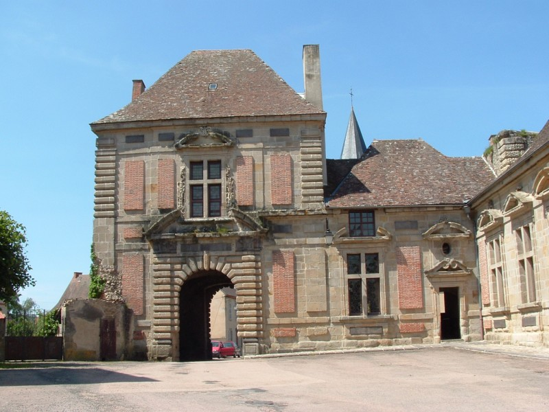 chateau-pionsat-dvd-115-1151