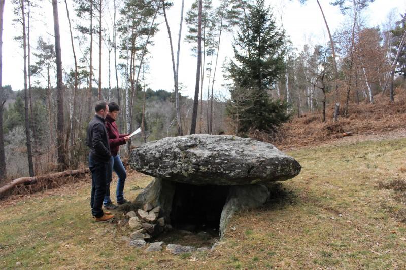 dolmen-de-la-pierre-fade-circuit sud Combrailles