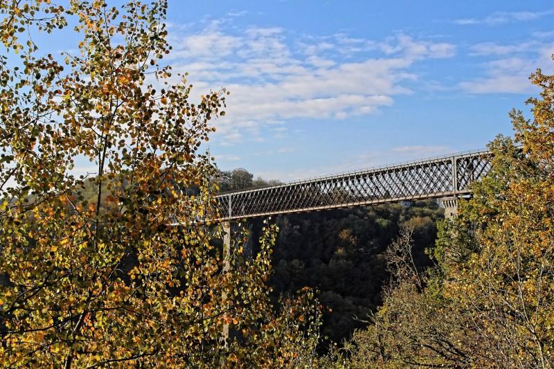viaduc-des-fades-automne-18-melanie-mista-ot-combrailles