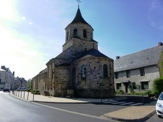 PAT_Eglise_St_Fargheon_à_BourgLastic_20110504
